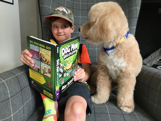 reading to Dog